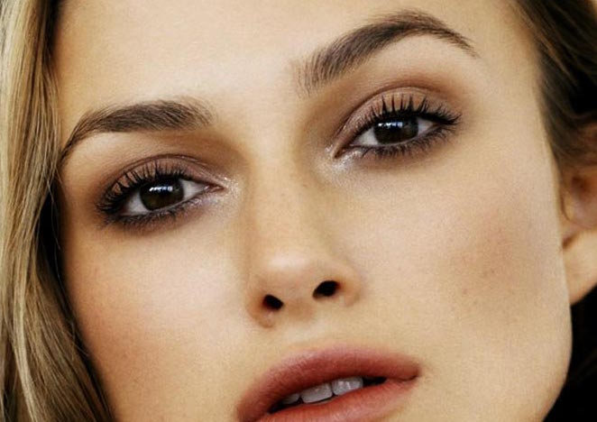 keira-knightley-eyebrows