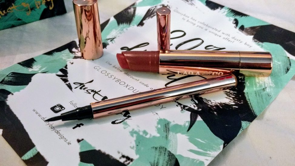 Glossybox December 2017 lipstick and eye liner